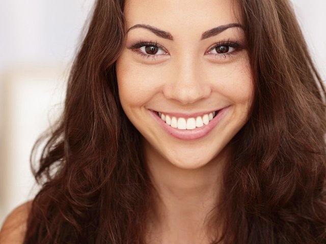 Hollywood Dental Teeth Whitening